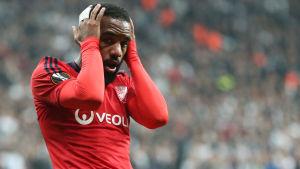 Alexandre Lacazette lämnar Lyon till förmån för Arsenal