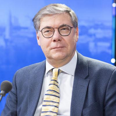 Asko Järvinen, överläkare för avdelningen för infektionssjukdomar vid Helsingfors och Nylands sjukvårdsdistrikt.