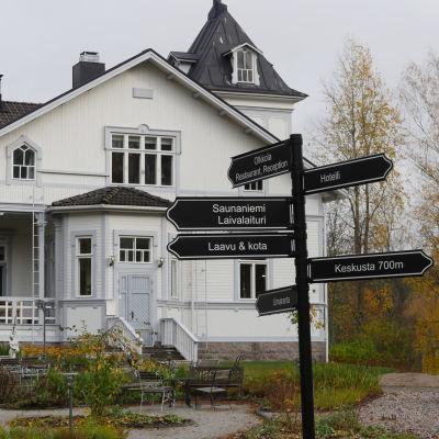 Olkkolan Hovi Savitaipaleella.