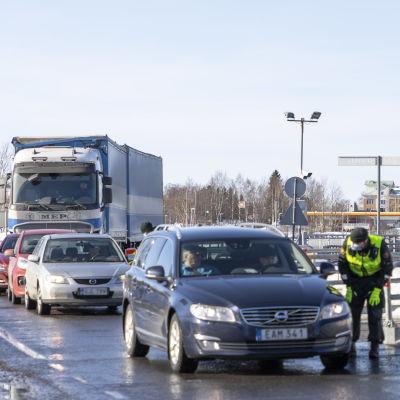 Rajatarkastuksia Tornio-Haaparanta rajalla maaliskuussa 2021