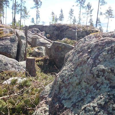 Kuvassa Kokkolassa sijaitseva Pesäkivi-kivikko.
