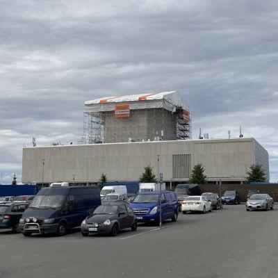 Oulun teatterin remontti elokuussa 2021.
