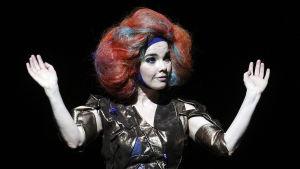 Björk live 2012.