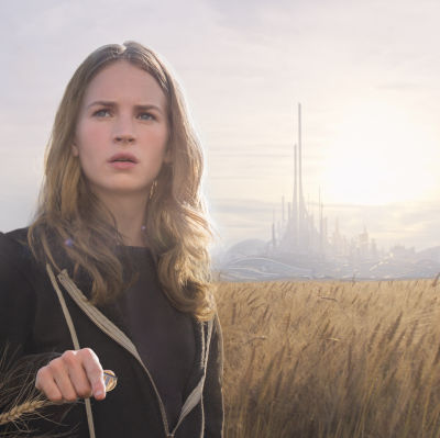 Britt Robertson som Casey i Tomorrowland - A World Beyond