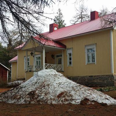 Puustelli edustustila Kemijärvi