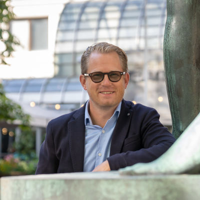 Joachim Thibblin , johtaja Svenska teatern