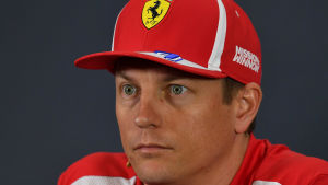 Kimi Räikkönen under en presskonferens.