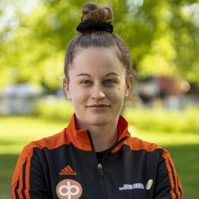 Porträttbild på Krista LIndholm.