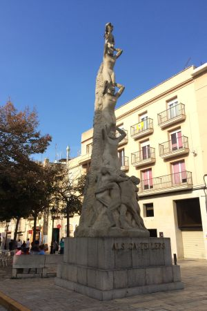 Minnesmärke för tornbyggarna (castelleres) i Vilafranca del Penedès
