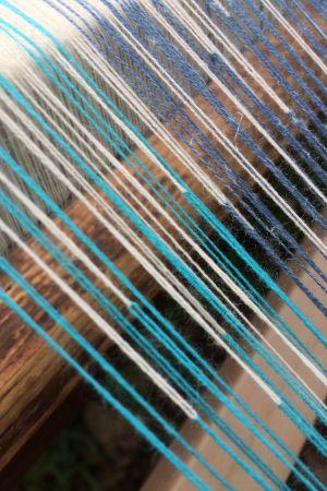 varptrådar som byter färg