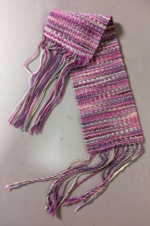 Käsinkudottu kangaspala