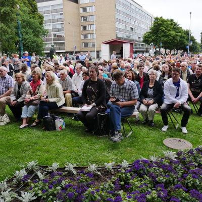 Riklig publik på Centerns dag i Björneborg