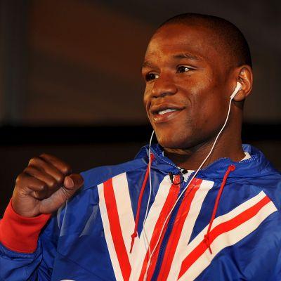 Floyd Mayweather, proffsboxare.
