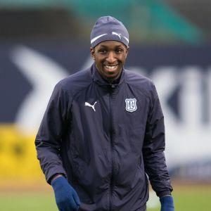 Glen Kamara spelar sin andra säsong i Dundee FC.