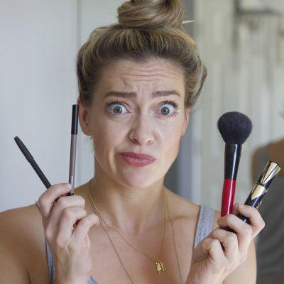 Ovatko kosmetiikan antamat lupaukset pelkkää markkinointia? Miten suuri osa väittämistä perustuu tieteeseen ja todisteisiin?