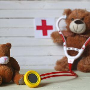 Teddybjörn med stetoskop.