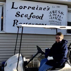 Lorraine Marshall har drivit havsmatsrestaurang i 33 år.