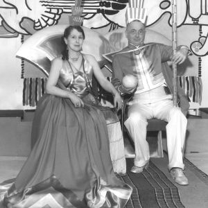 Loja och Eliel Saarinen på maskerad på Cranbrooks konstakademi år 1934.