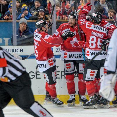 Spengler Cupin välierässä Davosissa Kanada voitti TPS:n 6-0.