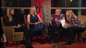 Ulla Donner, Johanna Holmström, Claes Andersson och Anne Hiatenen diskuterar på Yle Fems litteraturfest