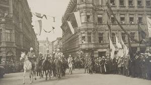 Mannerheims segerparad i Helsingfors 1918