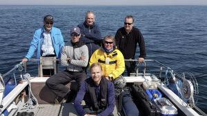 dokumentärteam i båt