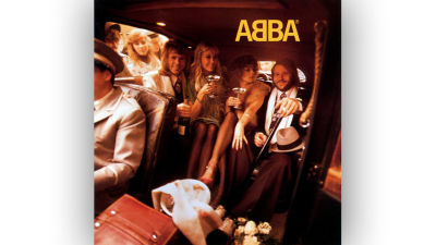 ABBA:s självbetitlade albums konvolut.