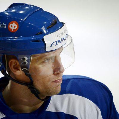 Topi Jaakola, back i ishockeylandslaget.