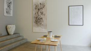Keramik- och bildkonst visas på galleri Lokal.