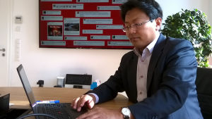 Advokat Chan-jo Jun.