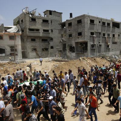 Begravning för dödade i Gaza.