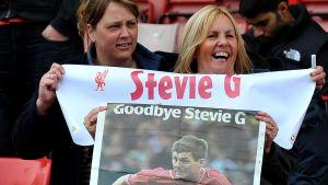 Anhängare tar avsked av Steve Gerrard.