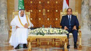 Saudiarabiens kung Salman besöker al-Sisi i Egypten.