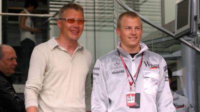 Mika Häkkinen och Kimi Räikkönen våren 2002.