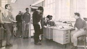 Borgåredaktionen i december 1988, Borgåbladet.