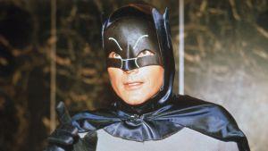 Batman - Lepakkomies, elokuva 1966. Kuvassa Adam West.