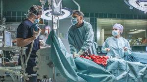 Sairaalasarjan leikkaussali.
