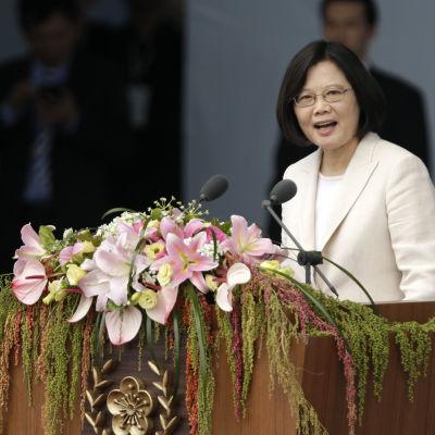 Taiwans nya president Tsai Ing-wen höll sitt installationstal i huvudstaden Taipei där hon lovade att upprätthålla goda kontakter till Kina