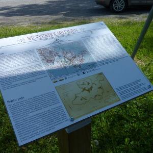 På skyltarna står också information om platserna under Victor Westerholms tid.