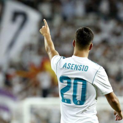 Marco Asensio tuulettaa.
