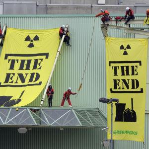 Greenpeace-protest mot kärnkraftverk i Beznau 2014