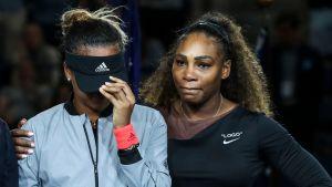 Naomi Osaka och Serena Williams.