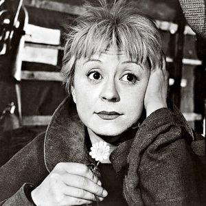 La Strada. Ohjaus Federico Fellini. Kuvassa Giulietta Masina.