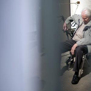 Tidigare SS-man vid Auschwitz inför rätta.