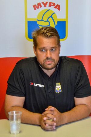 Jukka Karjalainen är tränare för MyPa i division två.