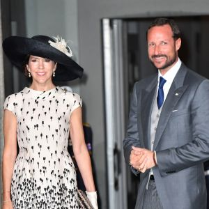 Kronprinsessan Mary av Danmark med kronprins Haakon av Norge.