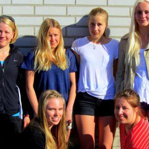 Korsholms gymnasiums flicklag i gatustafetten