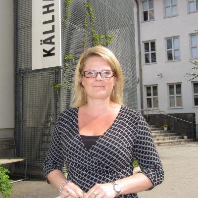 Rektor Monica Grönmark vid Källhagens skola i Virkby.