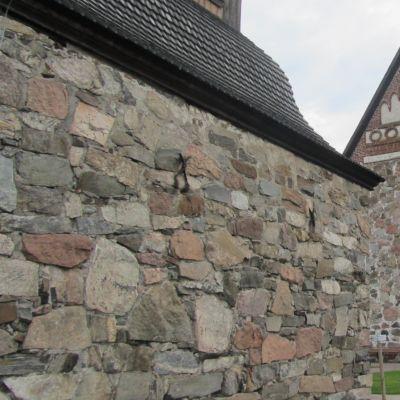 Sibbo gamla gråstenskyrka.