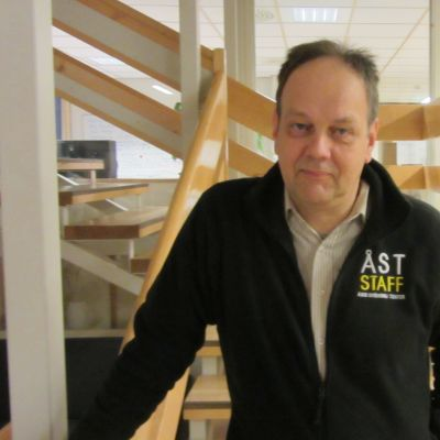 Jan Lindroos från Åbo Svenska Teater